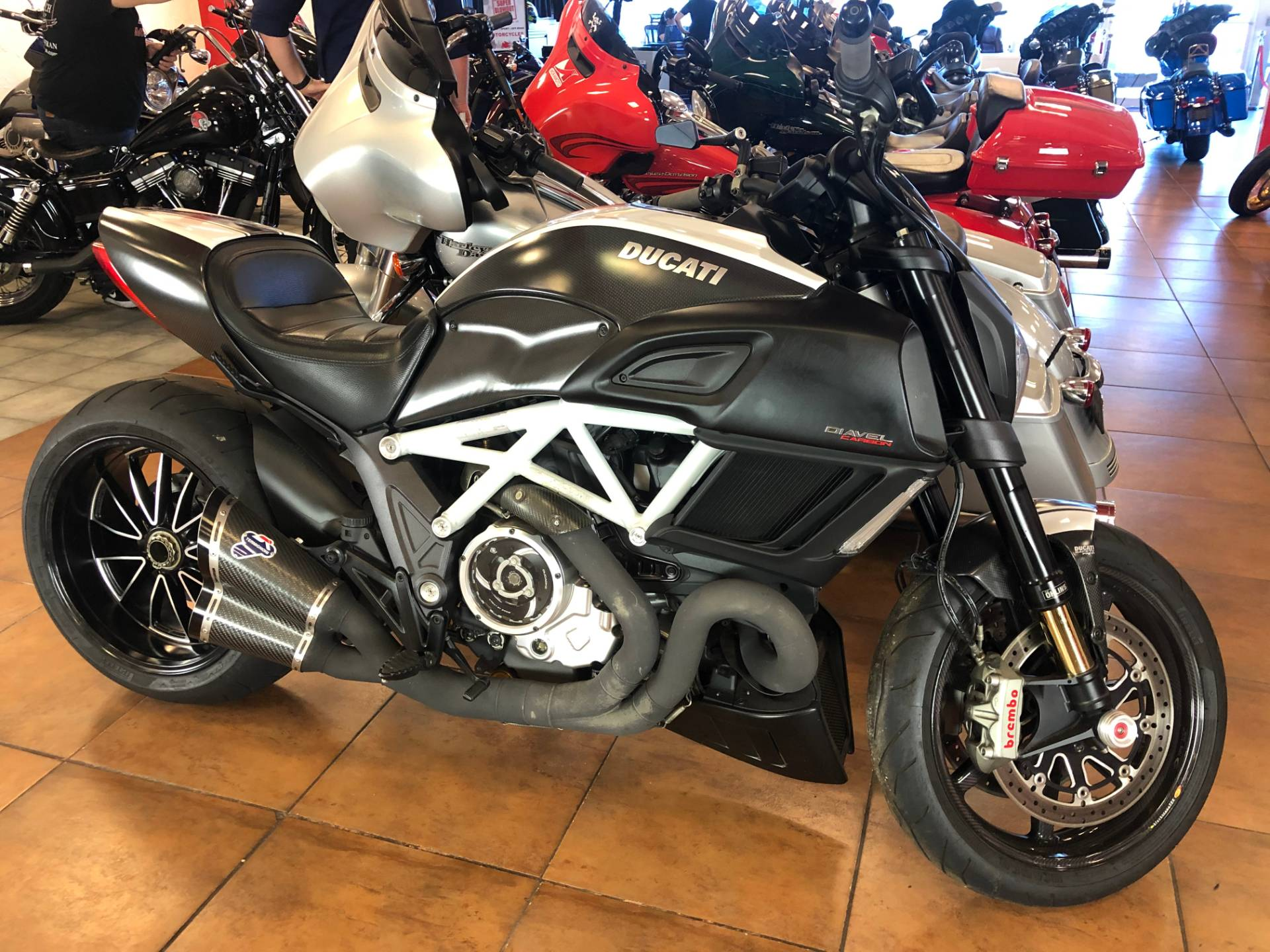 2015 Ducati Diavel Carbon in Pinellas Park, Florida - Photo 3