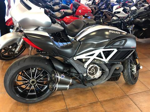 2015 Ducati Diavel Carbon in Pinellas Park, Florida - Photo 4