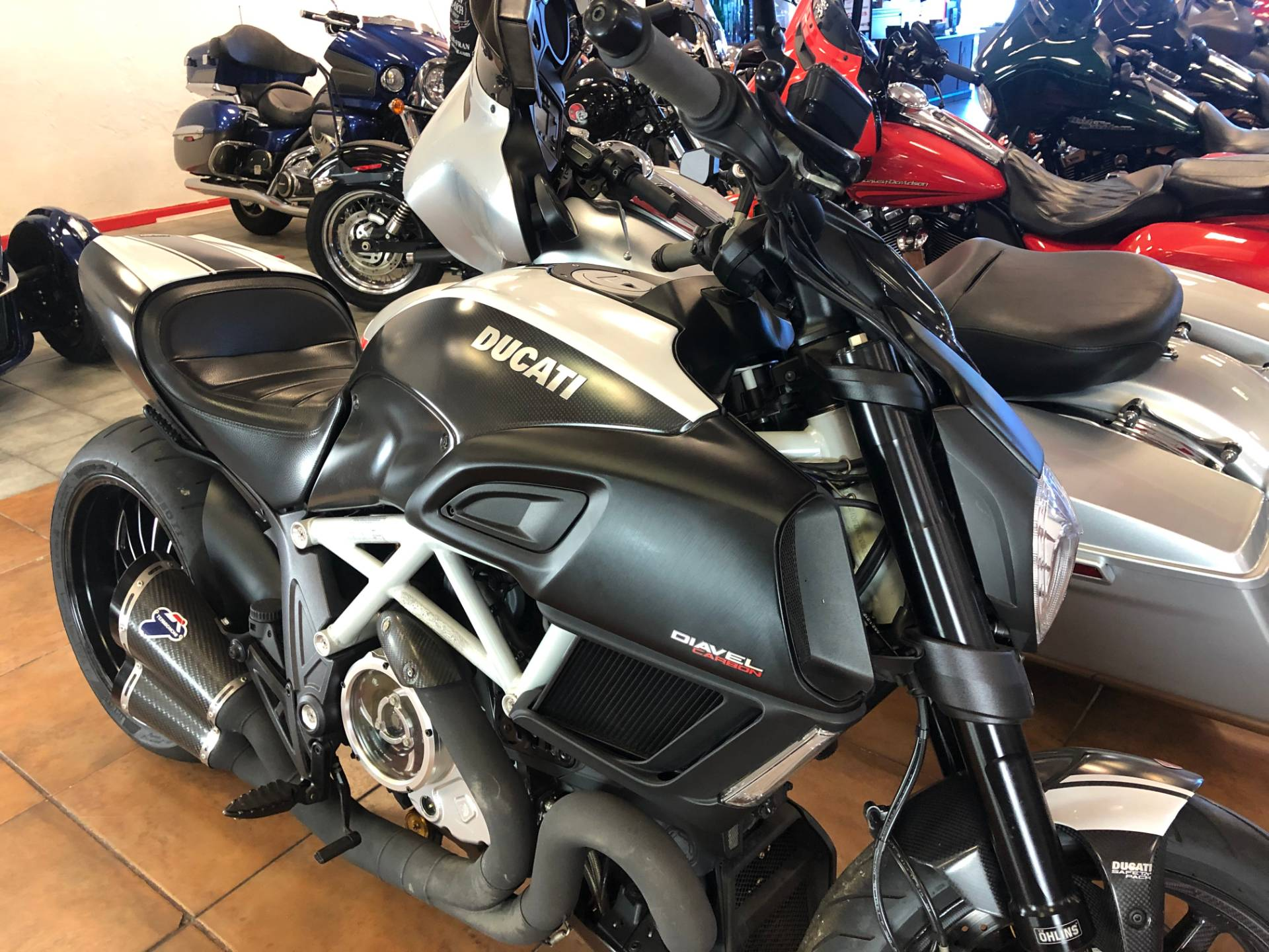 2015 Ducati Diavel Carbon in Pinellas Park, Florida - Photo 5