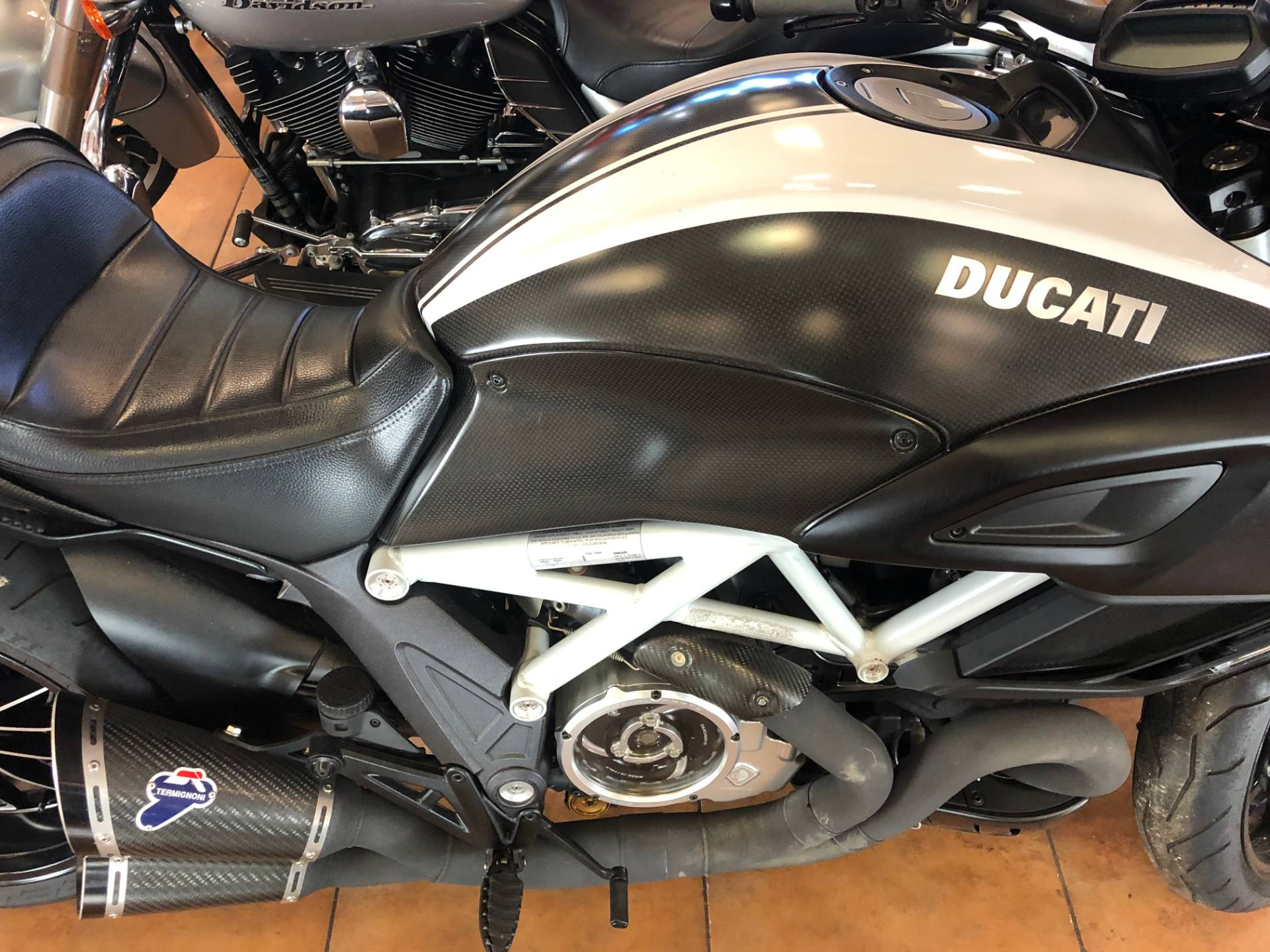 2015 Ducati Diavel Carbon in Pinellas Park, Florida - Photo 9