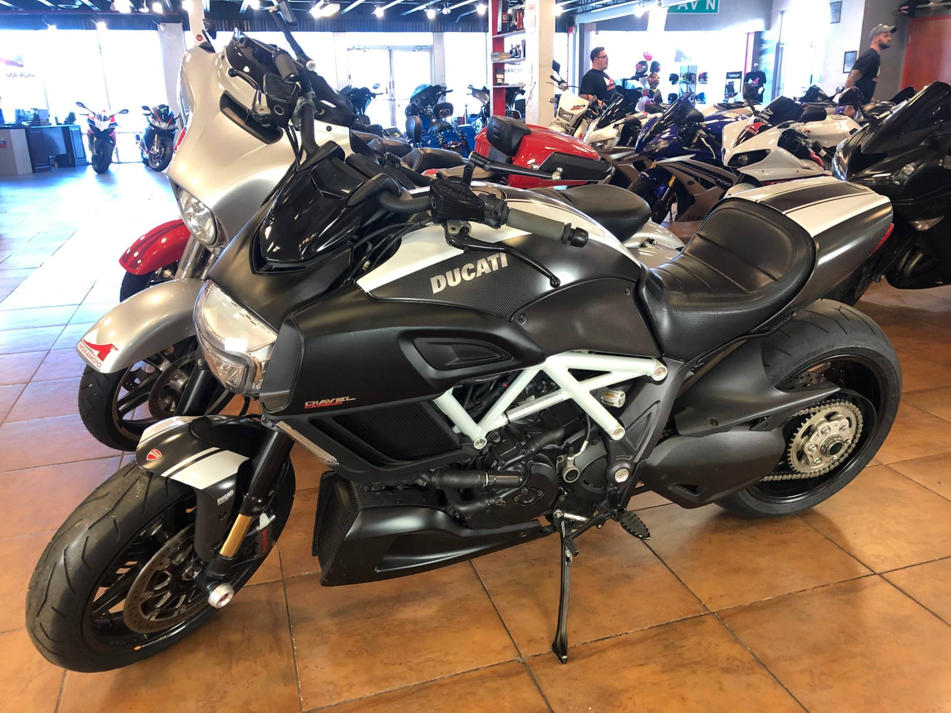 2015 Ducati Diavel Carbon in Pinellas Park, Florida - Photo 11