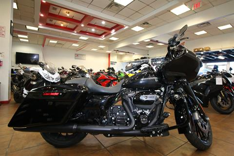 2018 Harley-Davidson Road Glide® Special in Pinellas Park, Florida