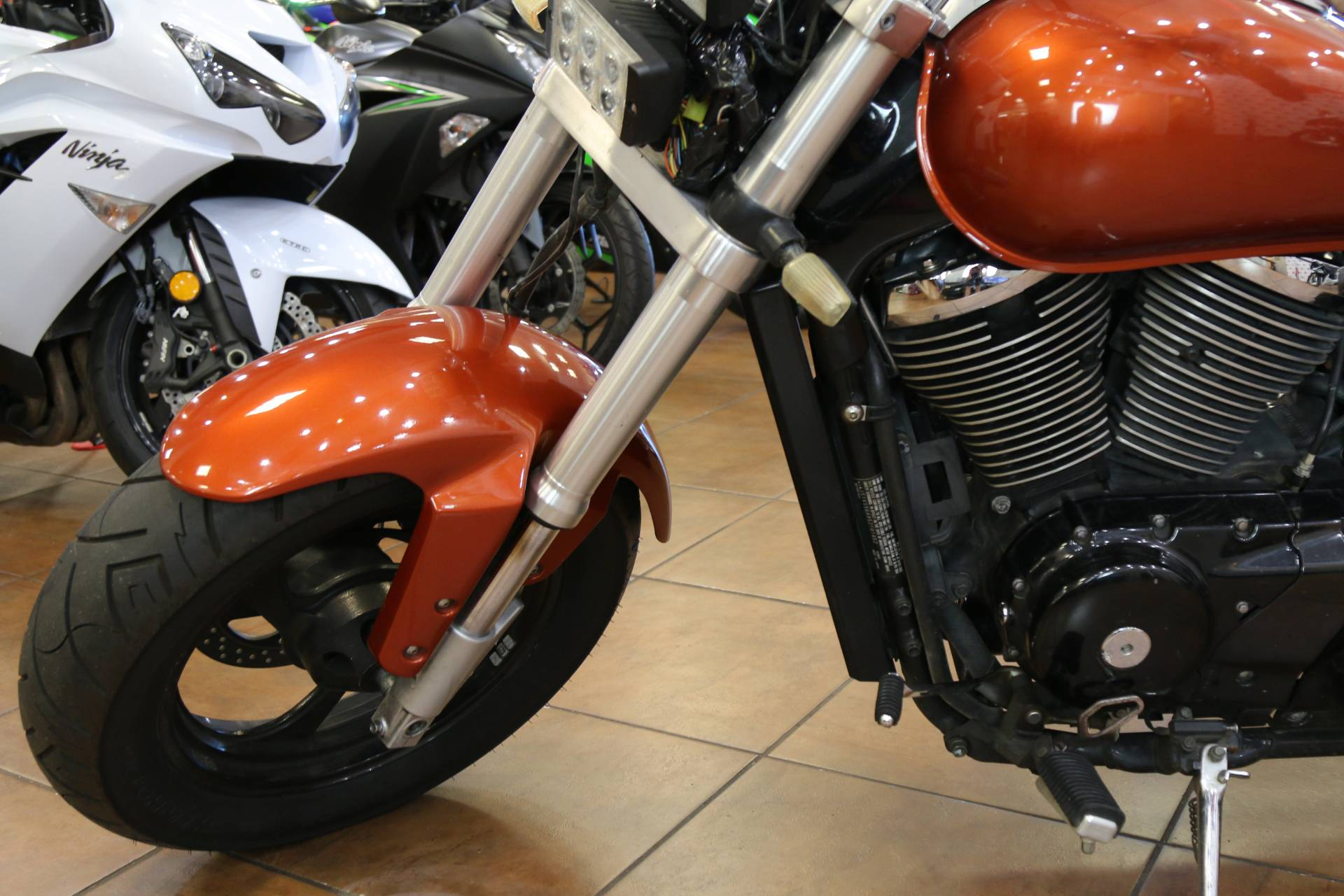 2005 Suzuki Boulevard M50 in Pinellas Park, Florida - Photo 2