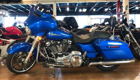 2018 Harley-Davidson Street Glide® in Pinellas Park, Florida - Photo 2