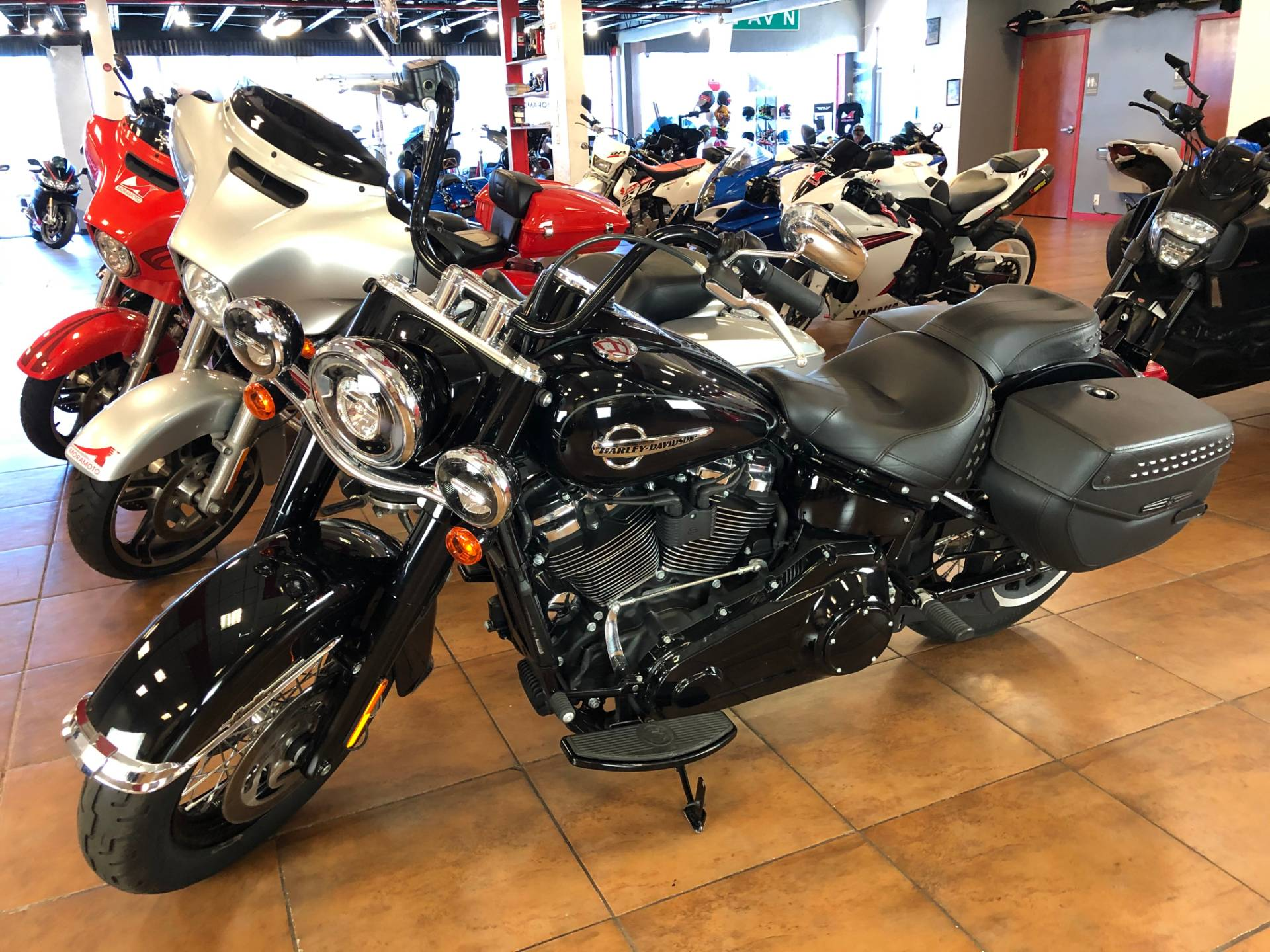 2019 Harley-Davidson Heritage Classic 107 in Pinellas Park, Florida - Photo 12