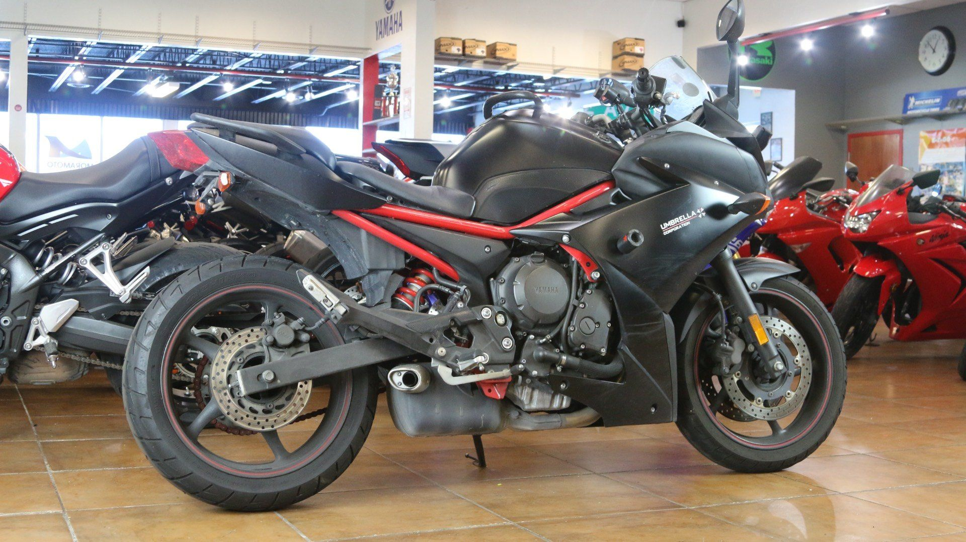 2013 Yamaha FZ6R in Pinellas Park, Florida - Photo 3