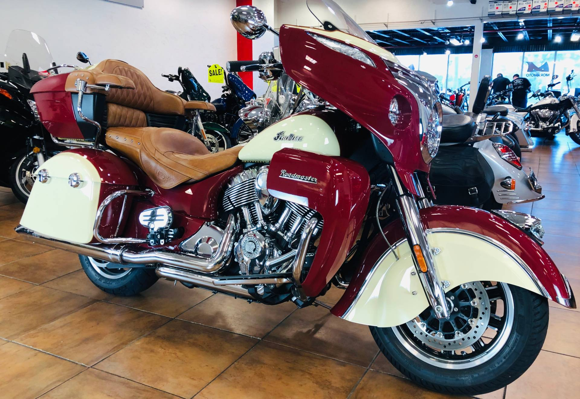 2016 Indian Roadmaster® in Pinellas Park, Florida - Photo 3