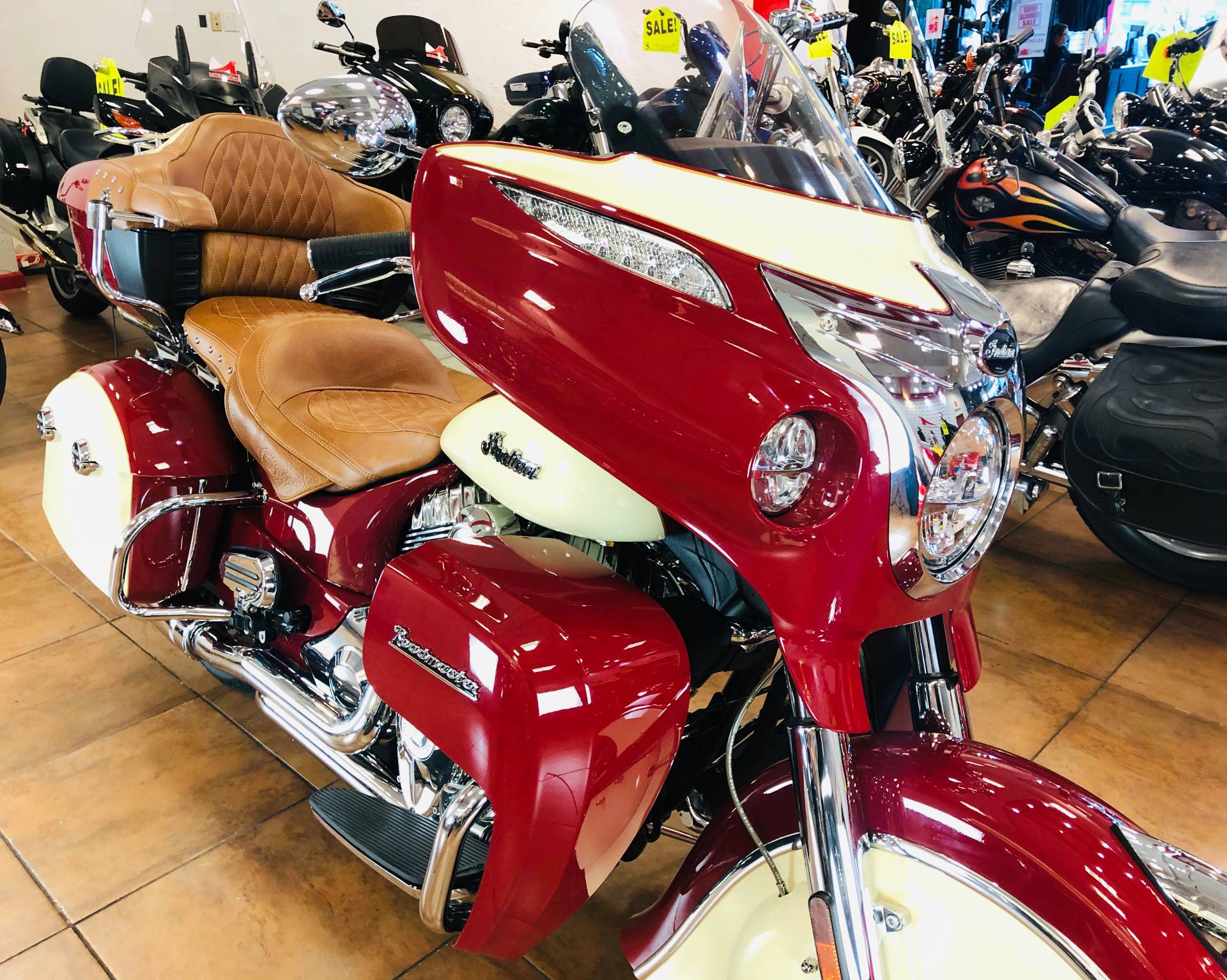 2016 Indian Roadmaster® in Pinellas Park, Florida - Photo 5