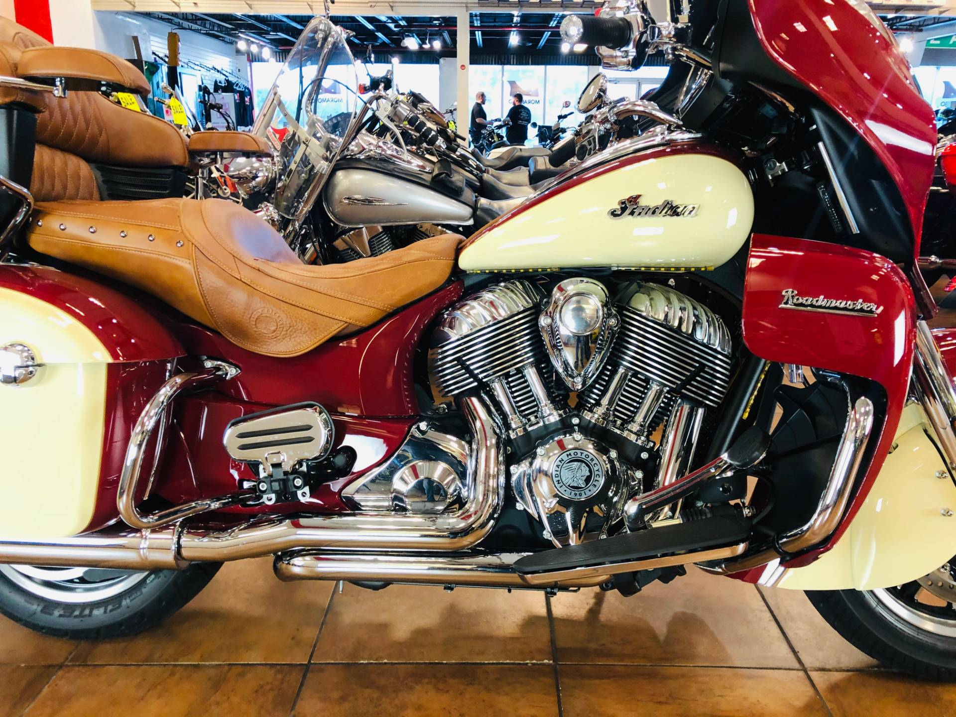 2016 Indian Roadmaster® in Pinellas Park, Florida - Photo 6