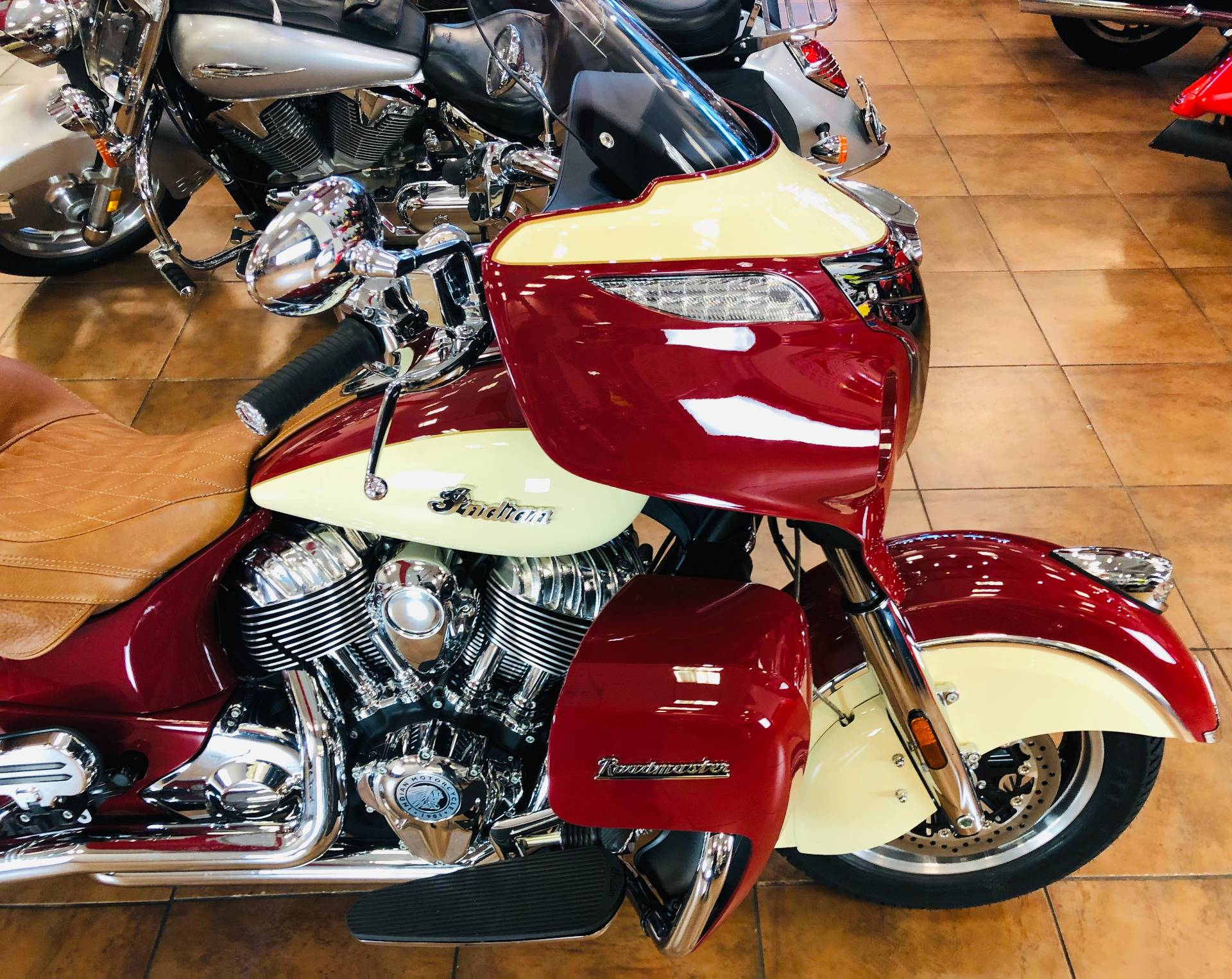 2016 Indian Roadmaster® in Pinellas Park, Florida - Photo 8