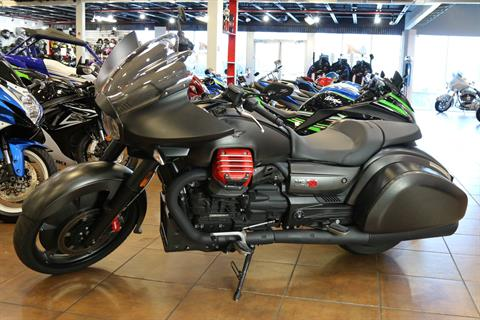 2017 Moto Guzzi MGX-21 in Pinellas Park, Florida