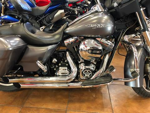 2015 Harley-Davidson Street Glide® in Pinellas Park, Florida - Photo 3