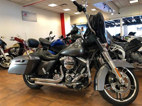 2015 Harley-Davidson Street Glide® in Pinellas Park, Florida - Photo 7