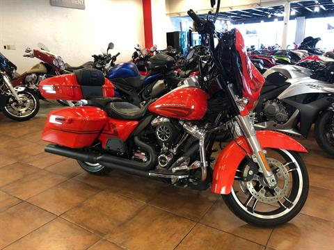 2017 Harley-Davidson Street Glide® Special in Pinellas Park, Florida - Photo 6