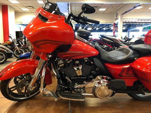 2017 Harley-Davidson Street Glide® Special in Pinellas Park, Florida - Photo 15