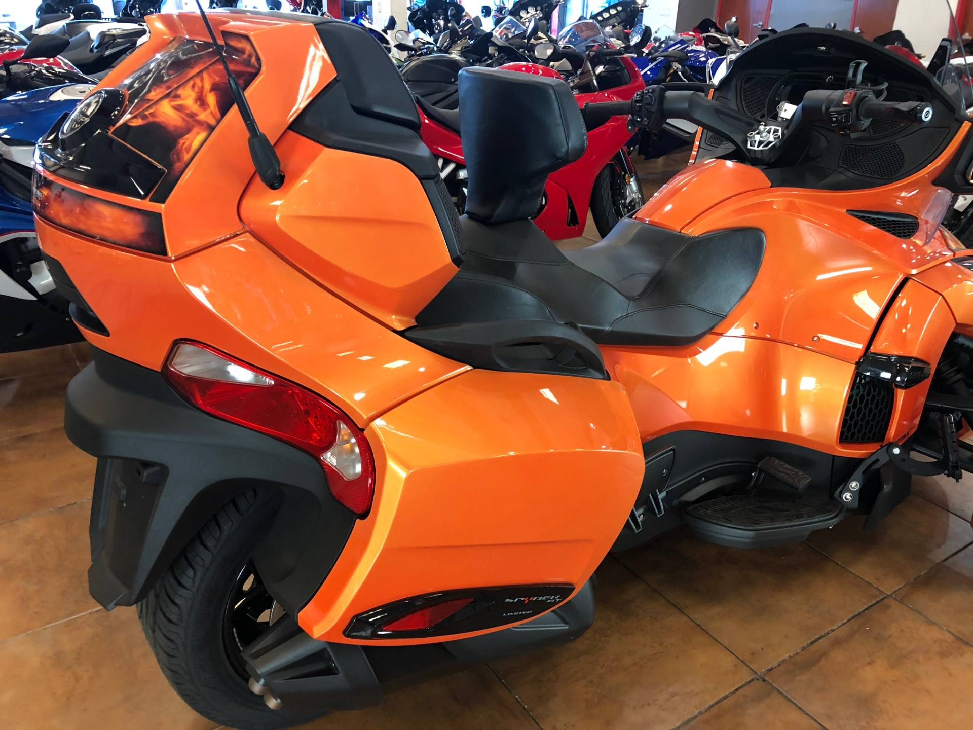 2019 Can-Am Spyder RT Limited in Pinellas Park, Florida - Photo 7