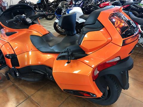 2019 Can-Am Spyder RT Limited in Pinellas Park, Florida - Photo 13