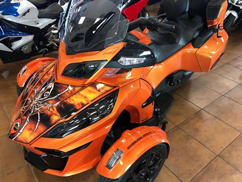 2019 Can-Am Spyder RT Limited in Pinellas Park, Florida - Photo 15