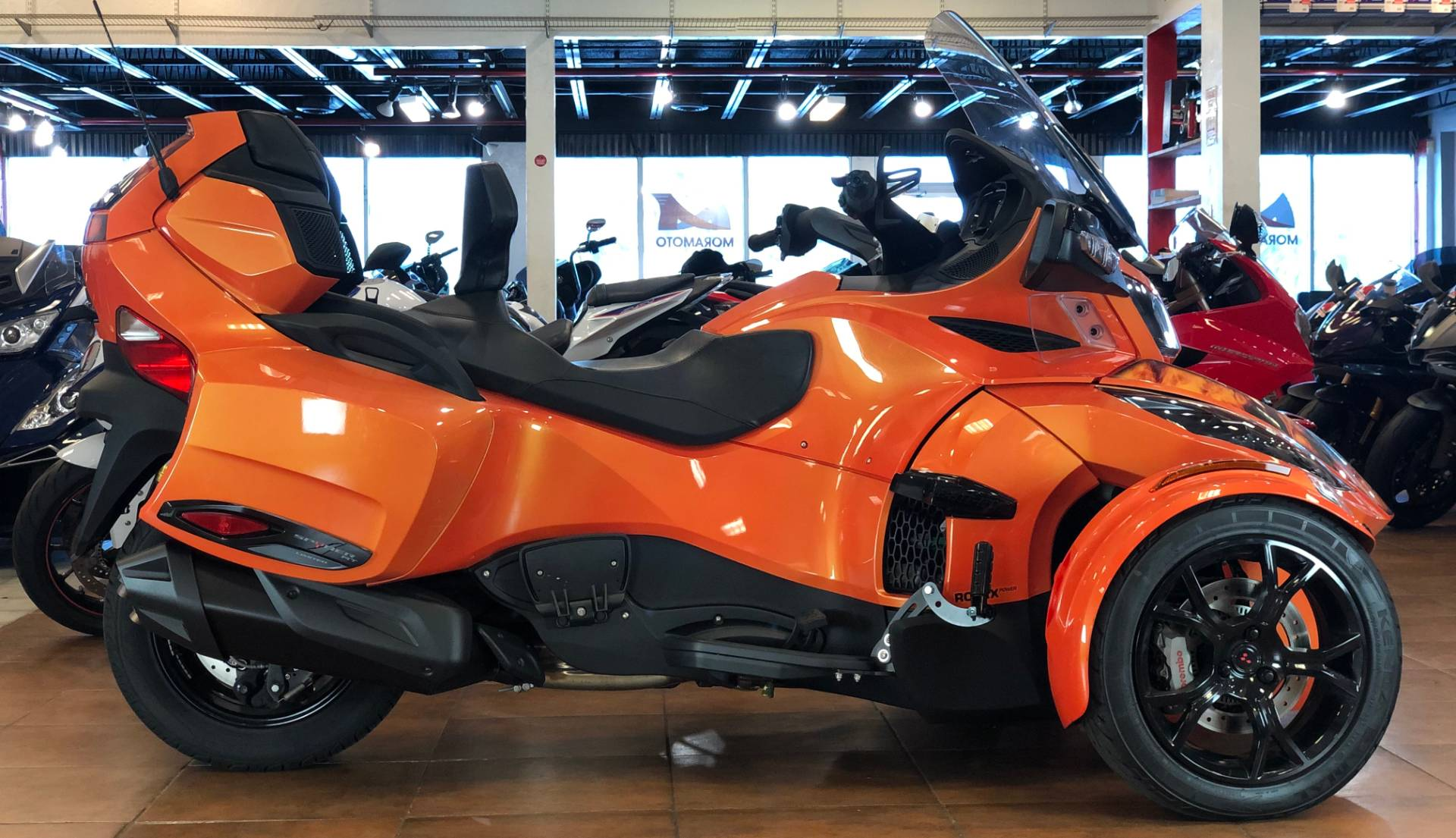 2019 Can-Am Spyder RT Limited in Pinellas Park, Florida - Photo 1