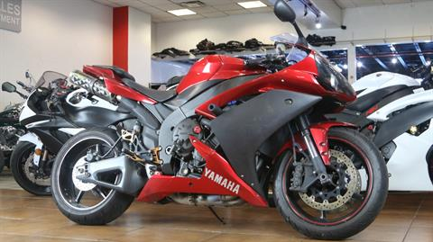 2007 Yamaha YZF-R1 in Pinellas Park, Florida - Photo 2
