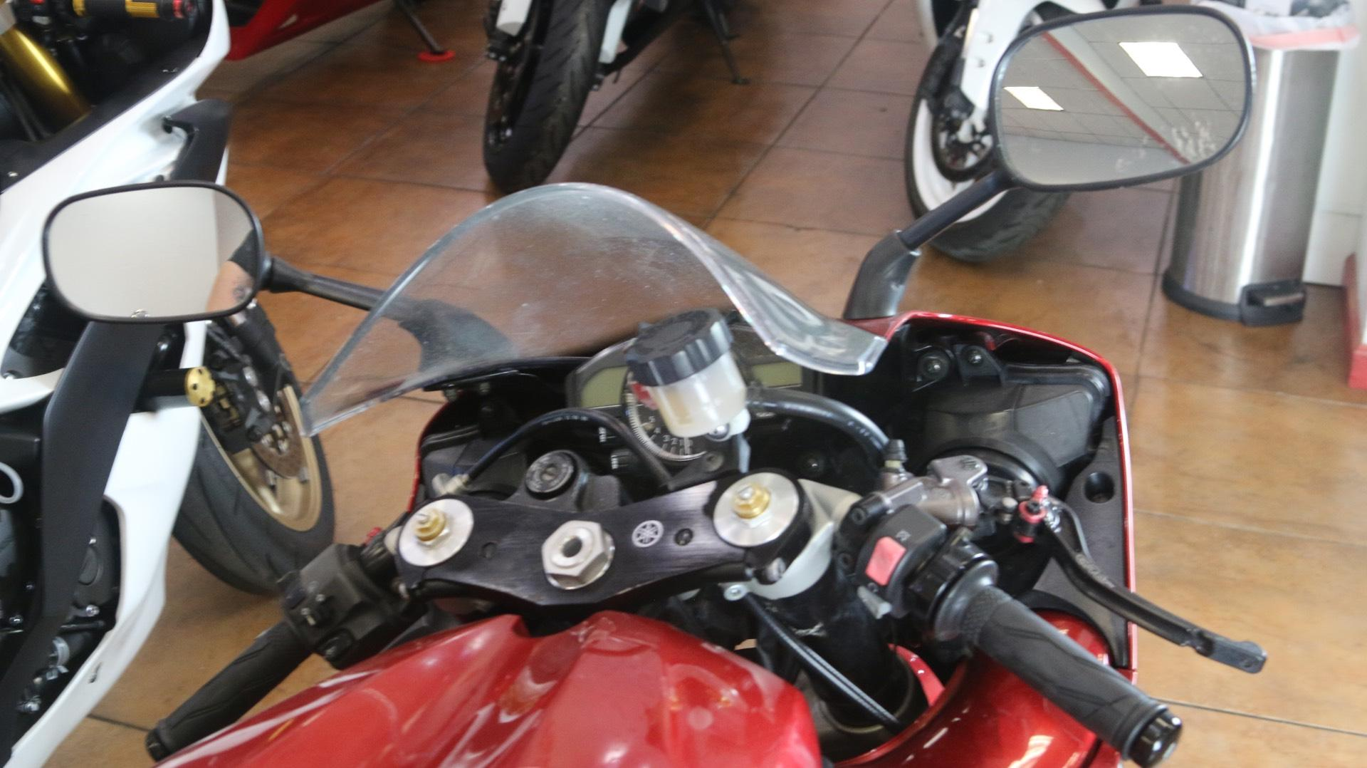 2007 Yamaha YZF-R1 in Pinellas Park, Florida - Photo 7
