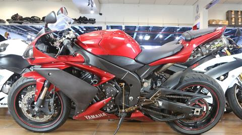 2007 Yamaha YZF-R1 in Pinellas Park, Florida - Photo 10