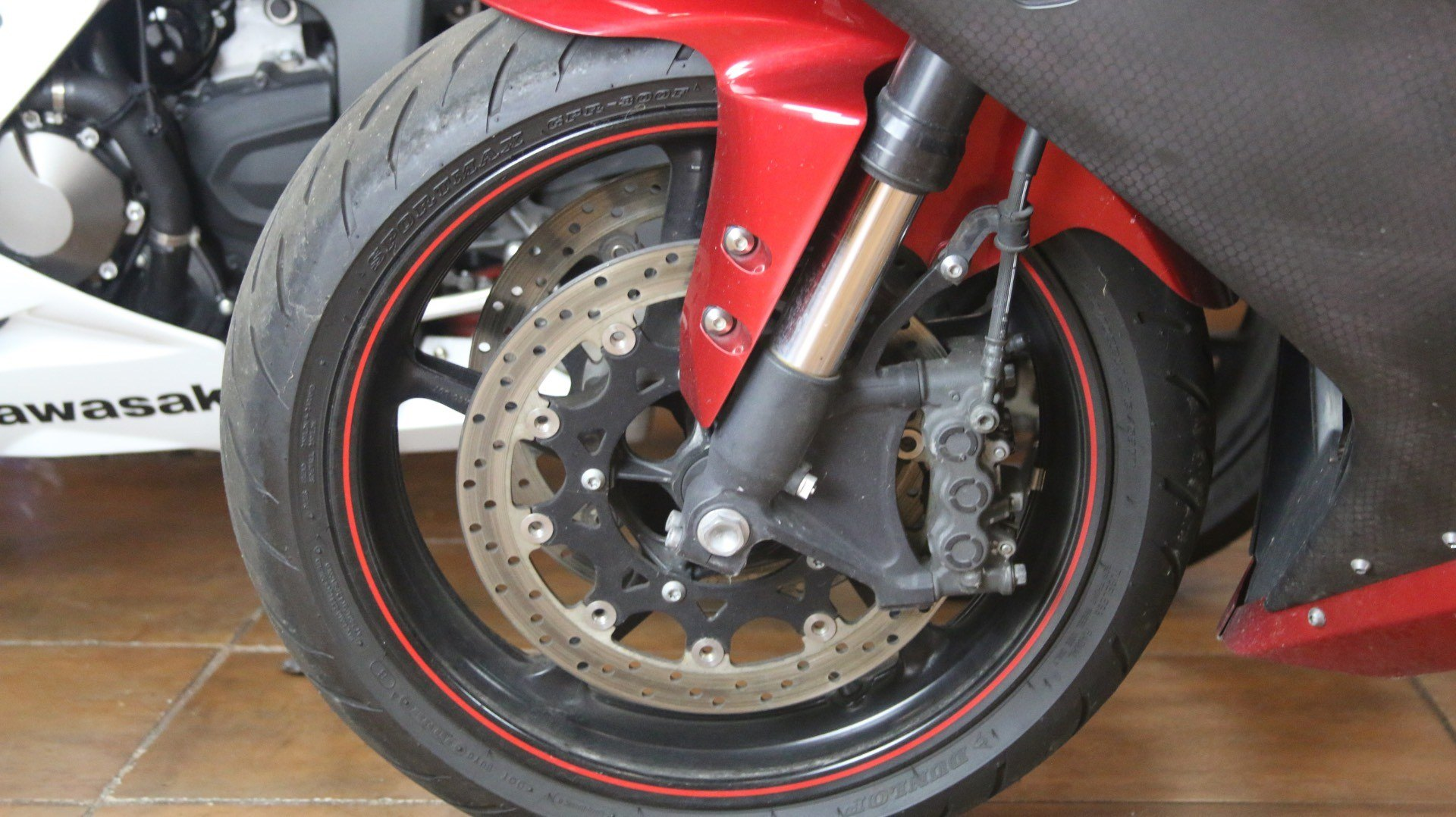 2007 Yamaha YZF-R1 in Pinellas Park, Florida - Photo 13