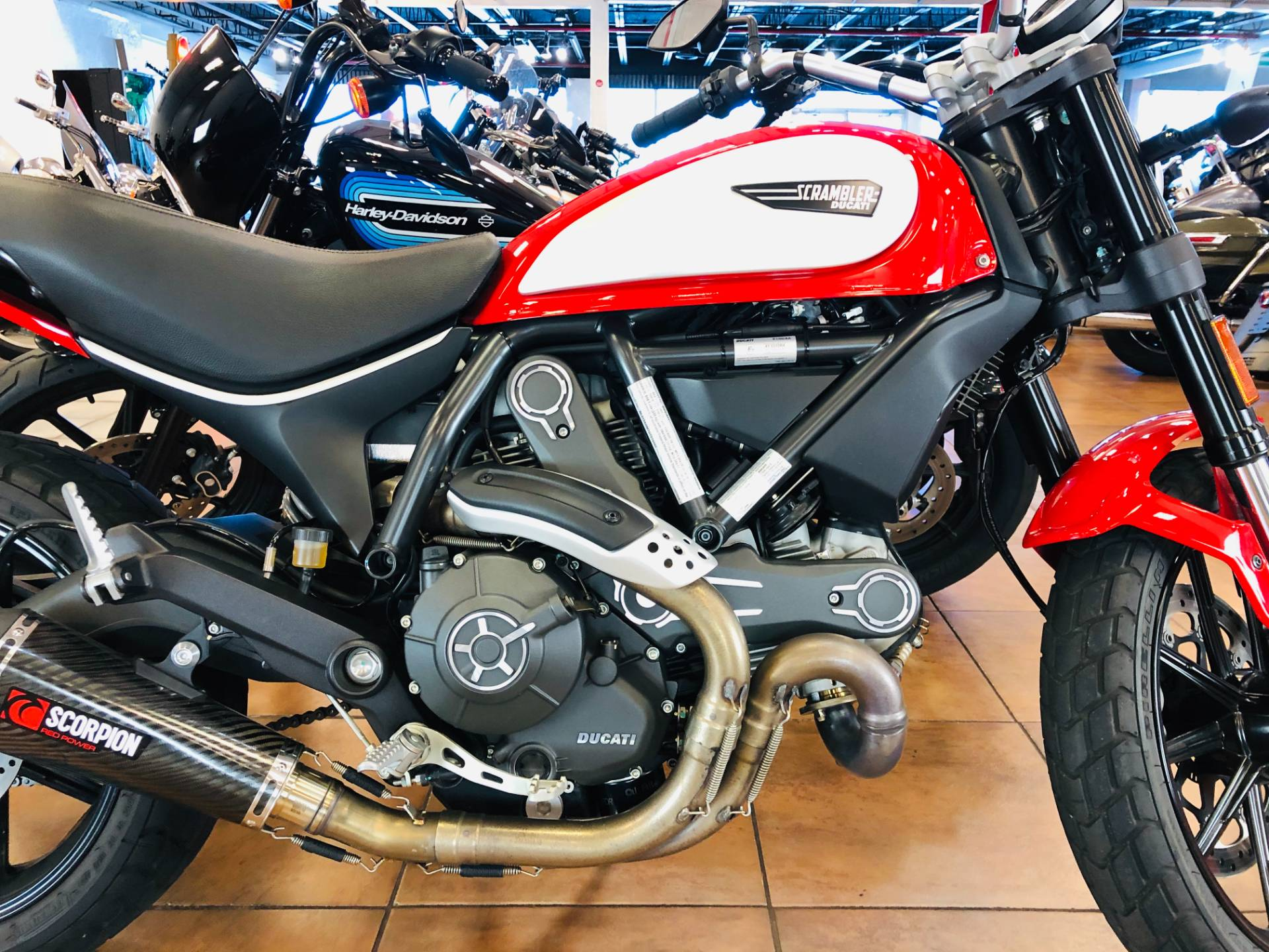 2016 Ducati Scrambler Icon in Pinellas Park, Florida - Photo 6