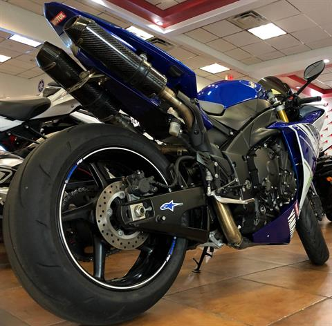 2014 Yamaha YZF-R1 in Pinellas Park, Florida - Photo 3