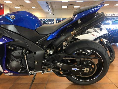 2014 Yamaha YZF-R1 in Pinellas Park, Florida - Photo 6