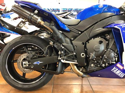 2014 Yamaha YZF-R1 in Pinellas Park, Florida - Photo 9