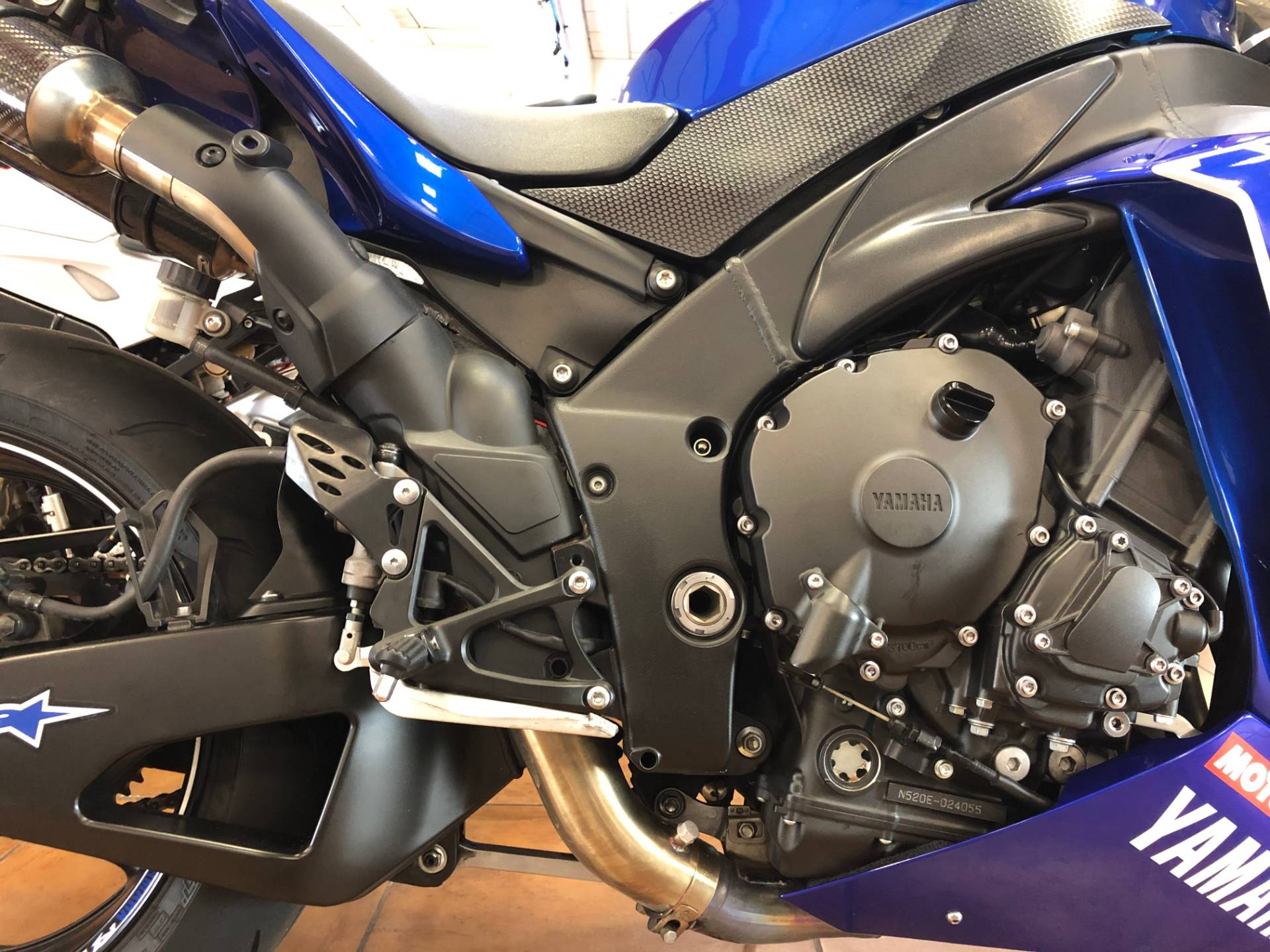 2014 Yamaha YZF-R1 in Pinellas Park, Florida - Photo 10