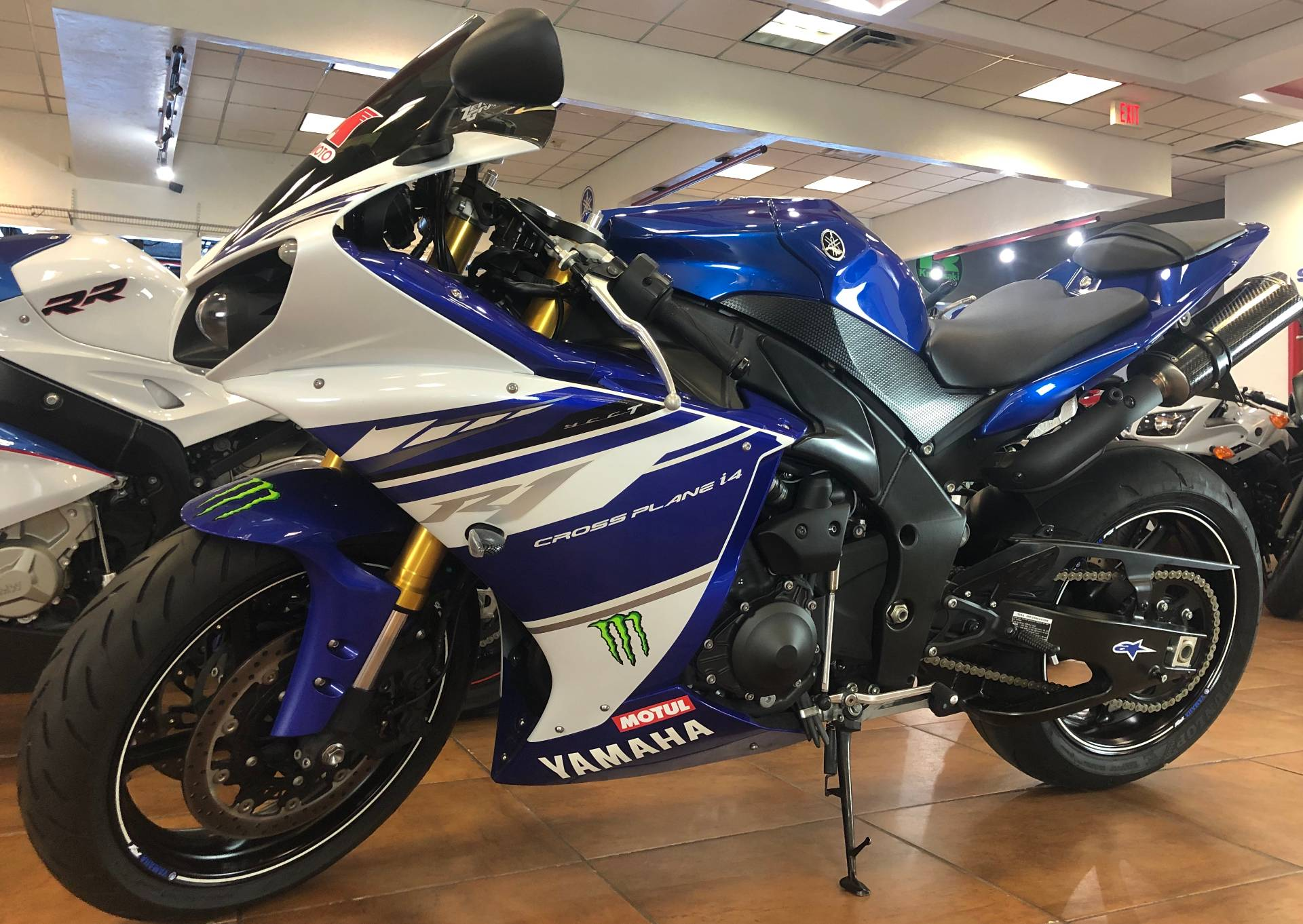 2014 Yamaha YZF-R1 in Pinellas Park, Florida - Photo 11
