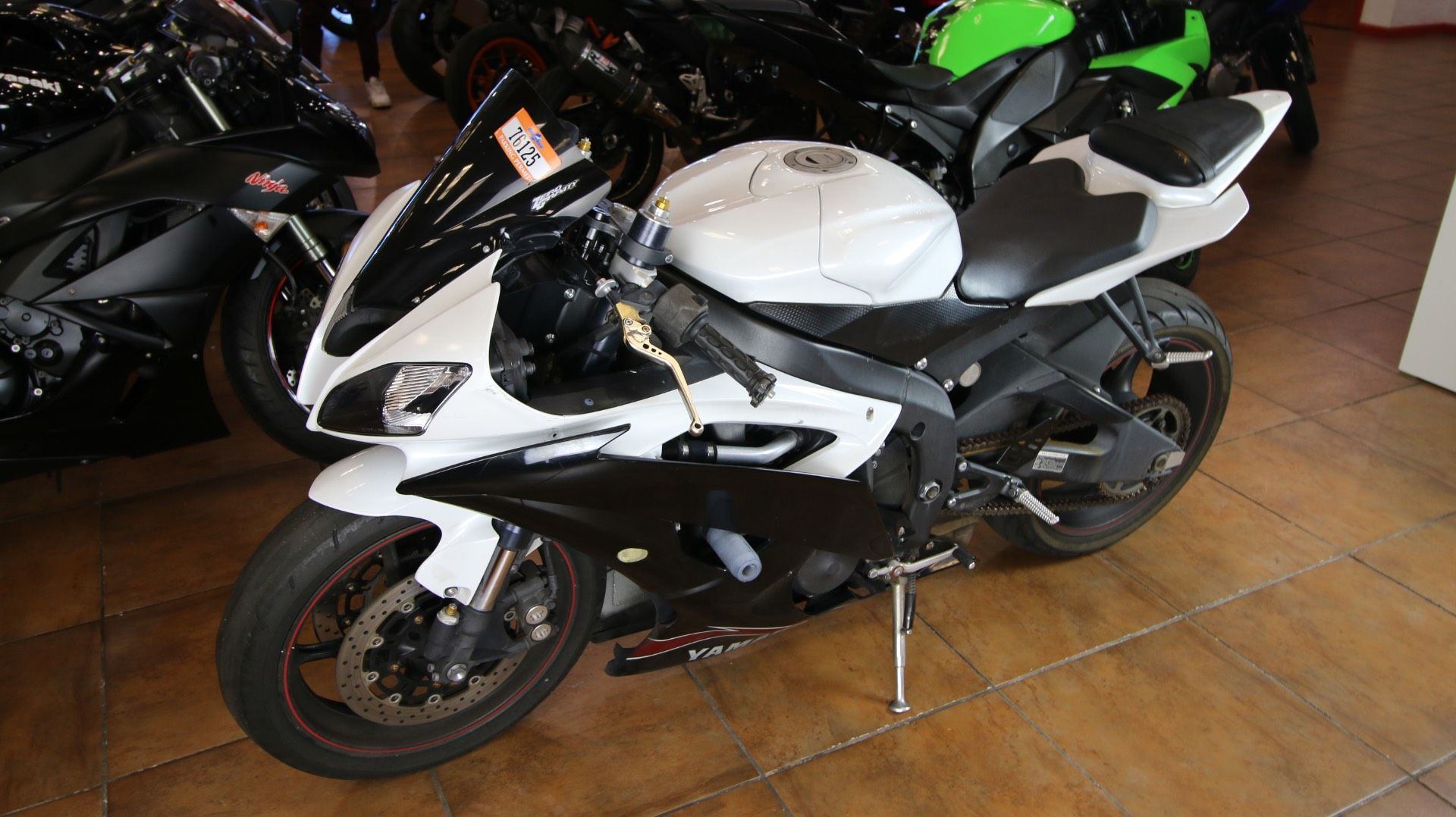 2012 Yamaha YZF-R6 in Pinellas Park, Florida - Photo 12