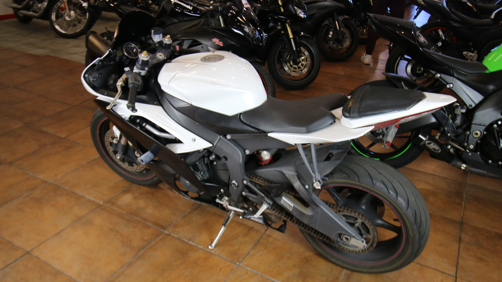 2012 Yamaha YZF-R6 in Pinellas Park, Florida - Photo 13