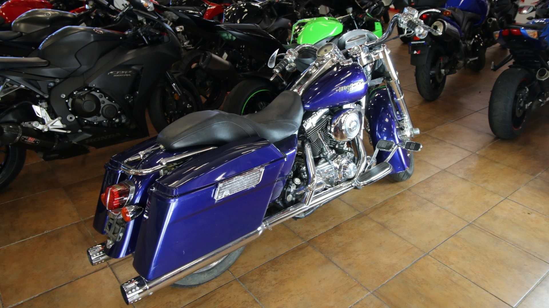 2006 Harley-Davidson Road King® Custom in Pinellas Park, Florida - Photo 3