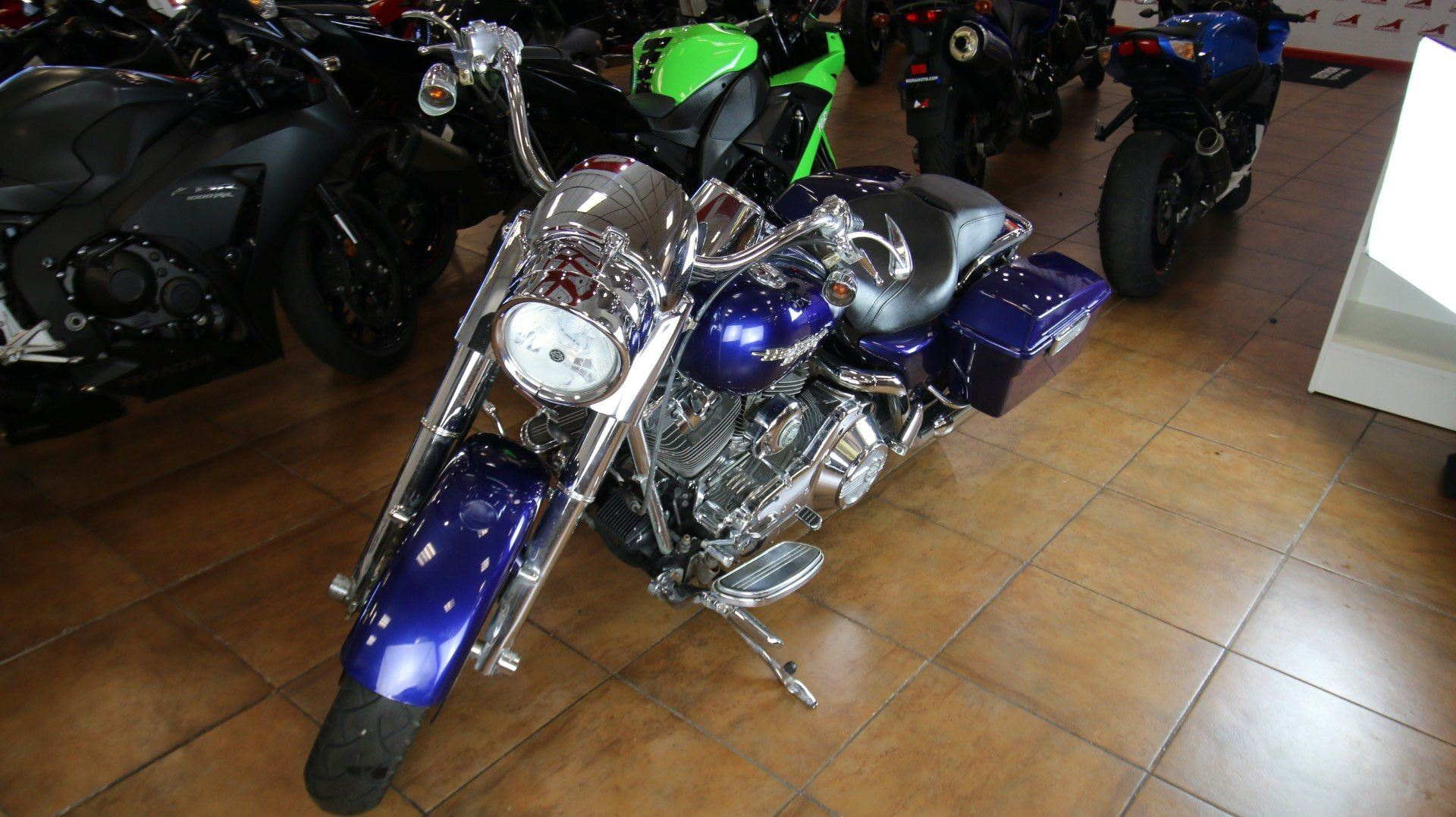 2006 Harley-Davidson Road King® Custom in Pinellas Park, Florida - Photo 11
