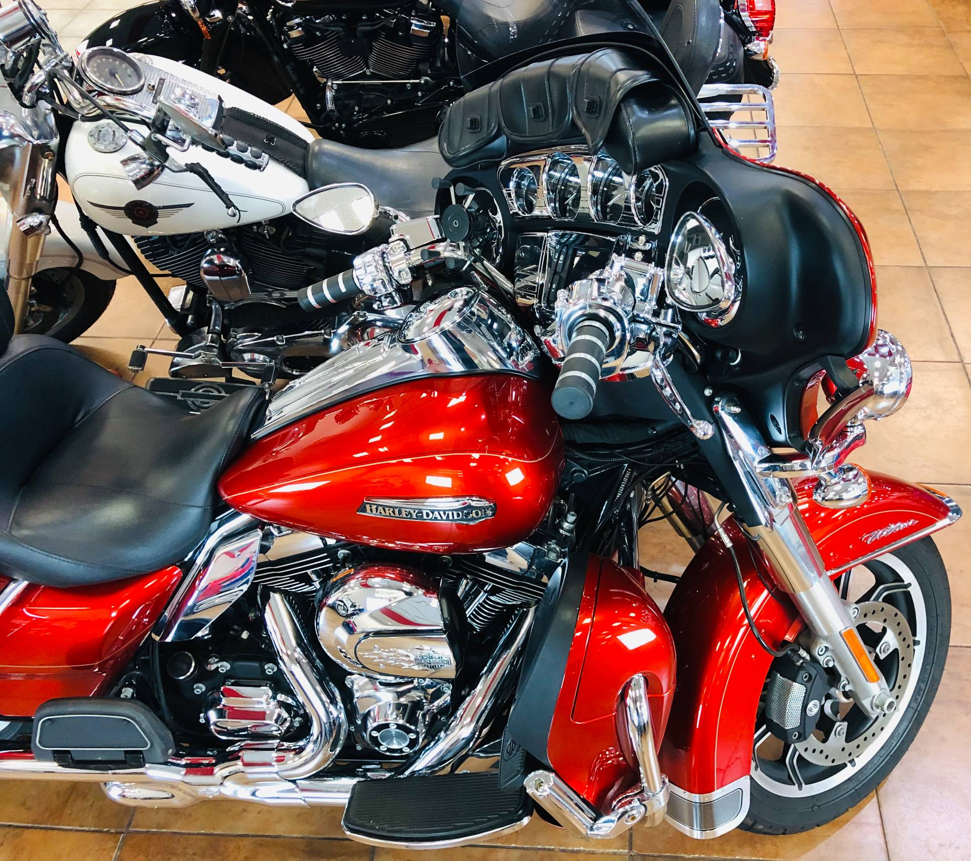 2014 Harley-Davidson Electra Glide® Ultra Classic® in Pinellas Park, Florida - Photo 8