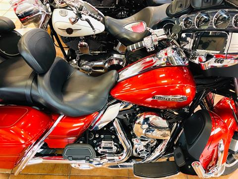 2014 Harley-Davidson Electra Glide® Ultra Classic® in Pinellas Park, Florida - Photo 9