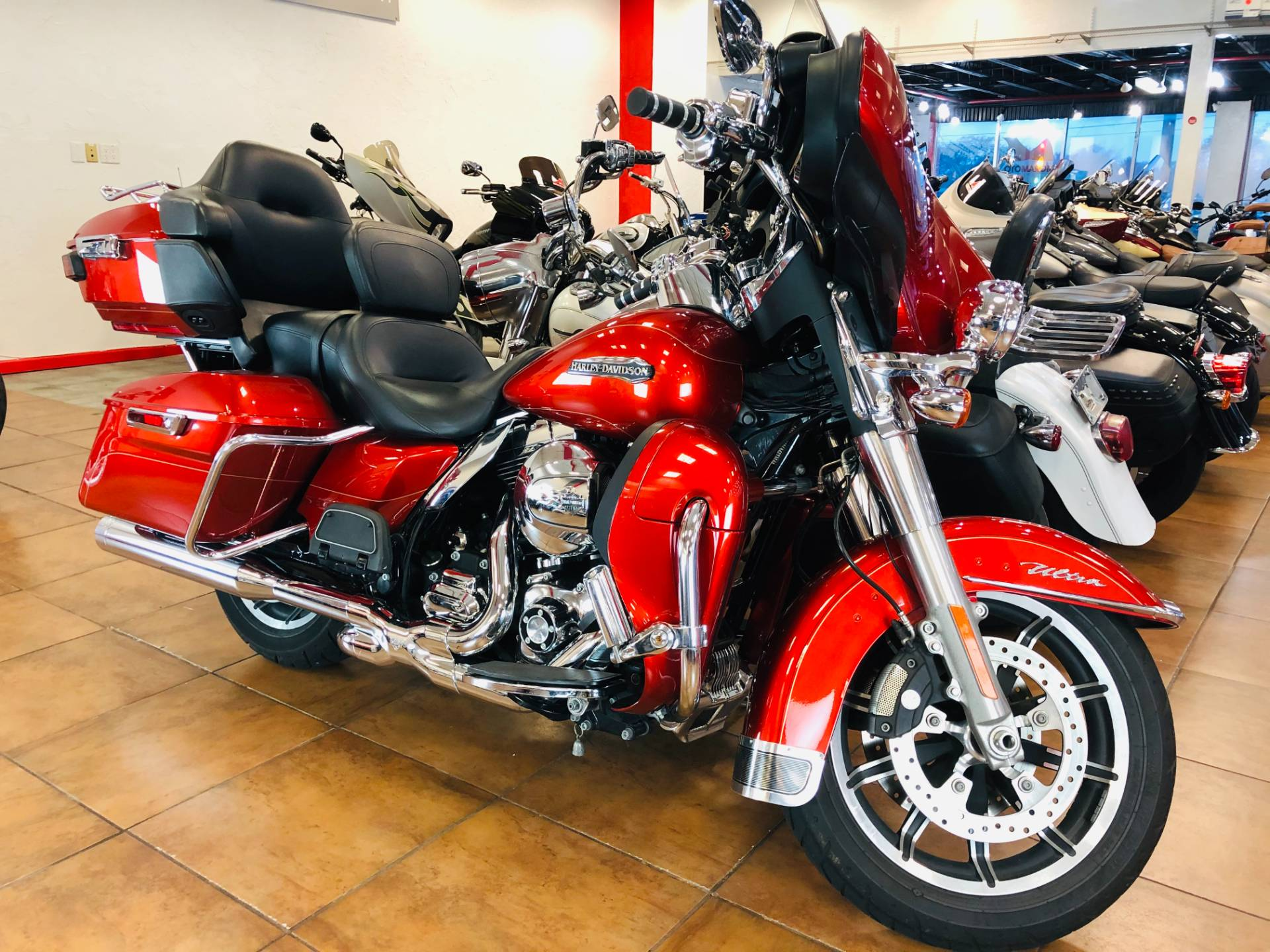 2014 Harley-Davidson Electra Glide® Ultra Classic® in Pinellas Park, Florida - Photo 3