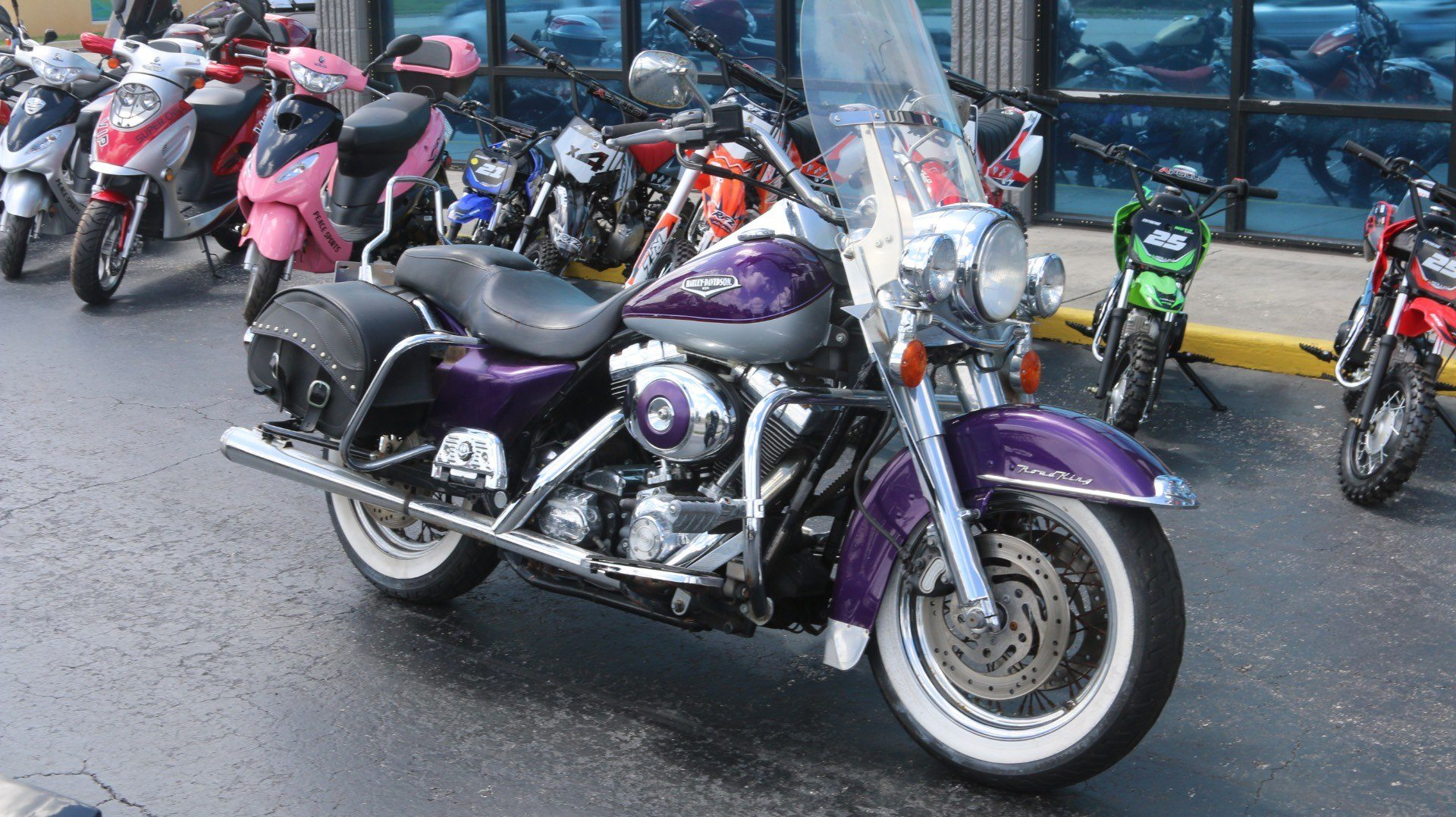 2001 Harley-Davidson Road King in Pinellas Park, Florida - Photo 2