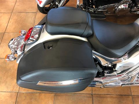 2019 Suzuki Boulevard C90T in Pinellas Park, Florida - Photo 10