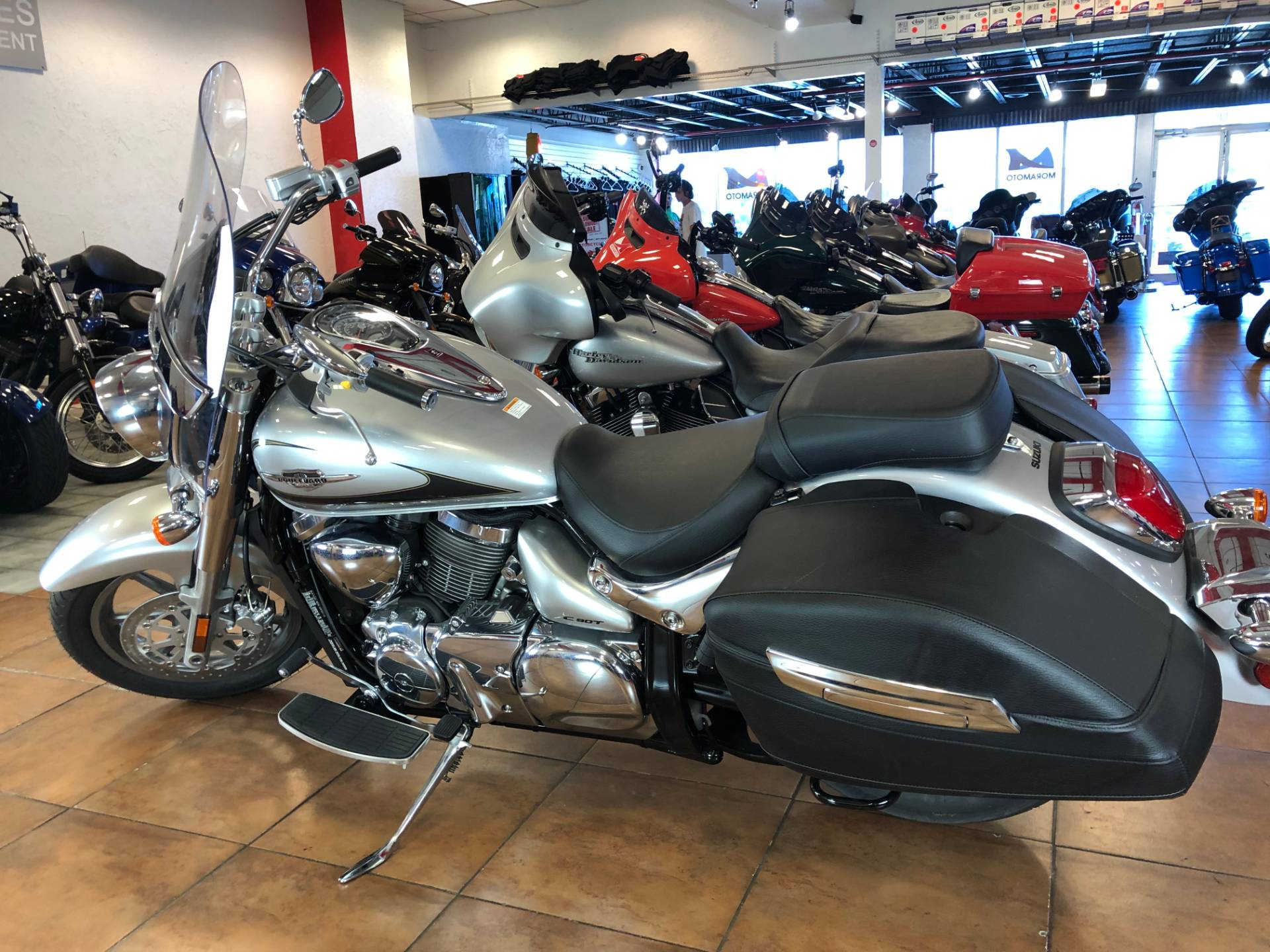 2019 Suzuki Boulevard C90T in Pinellas Park, Florida - Photo 12