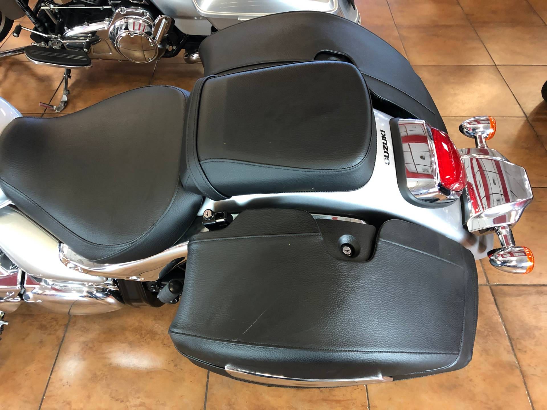 2019 Suzuki Boulevard C90T in Pinellas Park, Florida - Photo 18