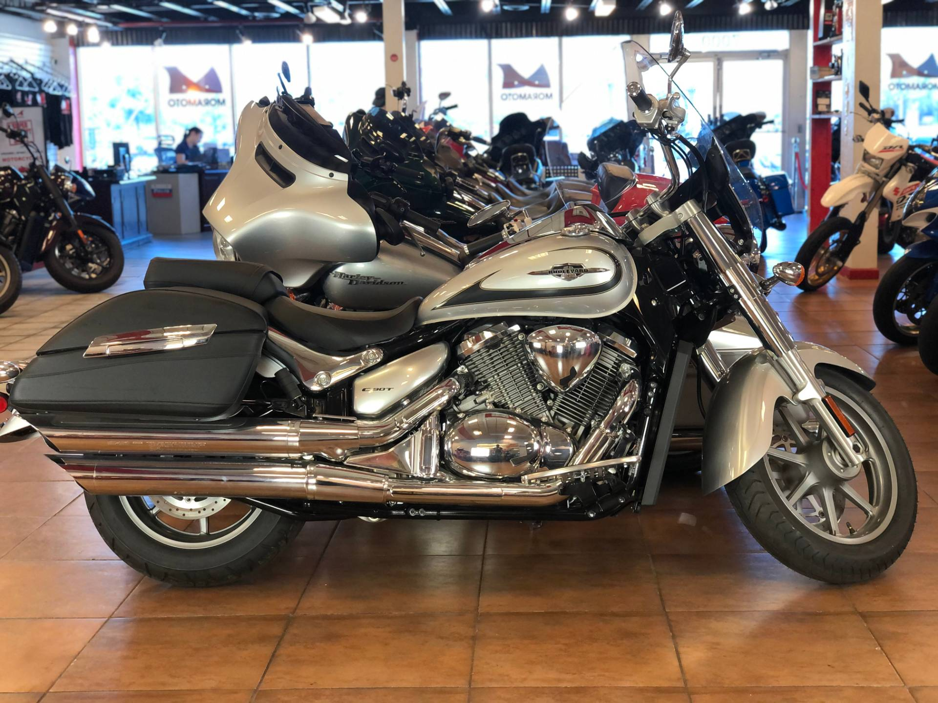 2019 Suzuki Boulevard C90T in Pinellas Park, Florida - Photo 1