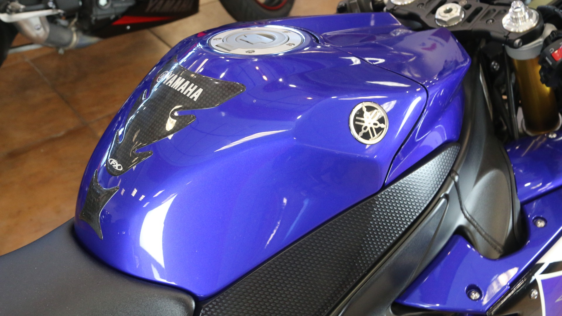 2012 Yamaha YZF-R1 in Pinellas Park, Florida - Photo 8