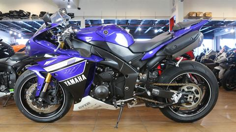 2012 Yamaha YZF-R1 in Pinellas Park, Florida - Photo 10