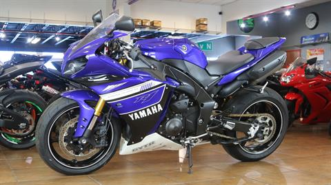 2012 Yamaha YZF-R1 in Pinellas Park, Florida - Photo 11