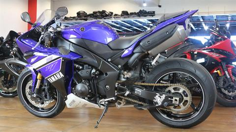 2012 Yamaha YZF-R1 in Pinellas Park, Florida - Photo 12