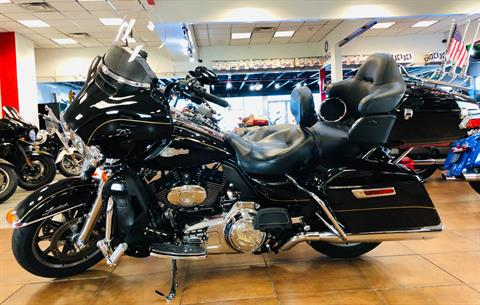 2014 Harley-Davidson Ultra Limited in Pinellas Park, Florida - Photo 2